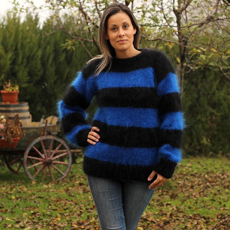 Hand Knit Mohair Sweater striped blue black Fuzzy crew neck Handgestrickt pullover by Extravagantza