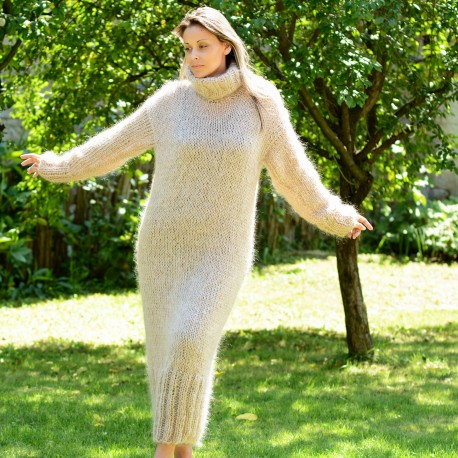 Hand Knitted Mohair Dress Beige Fetish Sweater Turtleneck Handgestrickte pullover by EXTRAVAGANTZA.